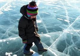 Рекомендуємо бути обережними на льоду!