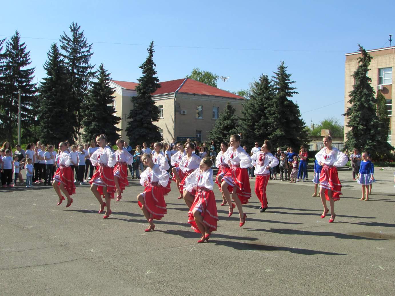 Танцювальний флешмоб у центрі міста